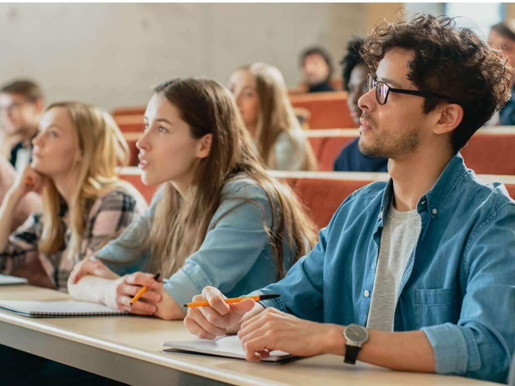 Egészségügyi szolgáltatások igénybevétele diákok által